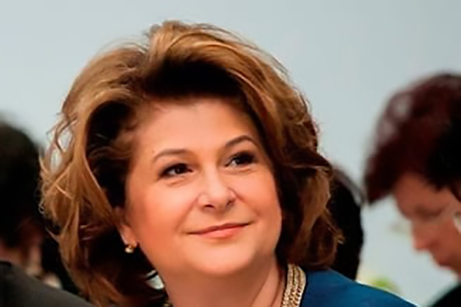 Top 10 Richest Females in Romania   Guess Who is the Richest